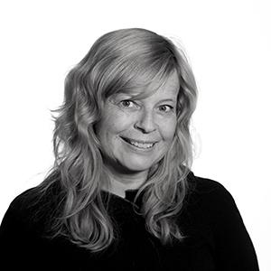 Portrettfoto sort/hvitt av Beate Nybakken, COO & Rekruttering, Publicis Norge